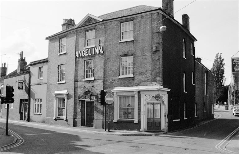 Photograph. The Angel Public House, North Walsham (North Walsham Archive).