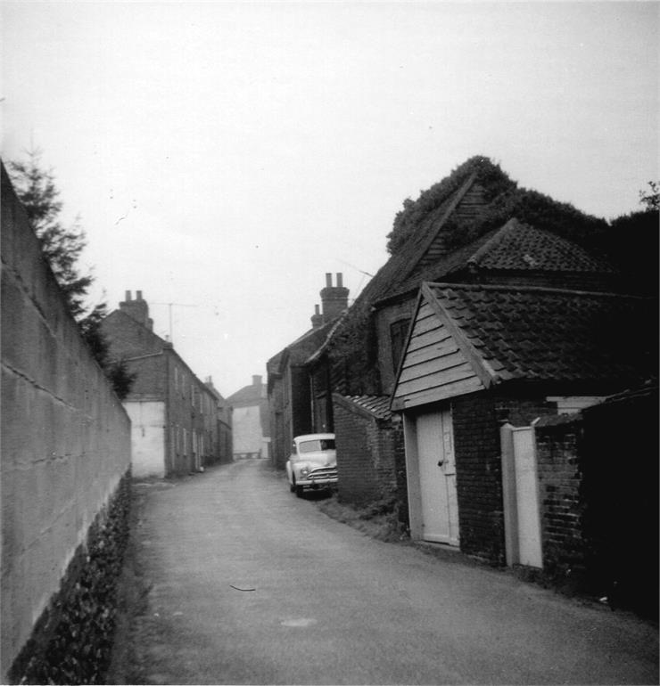 Photograph. Back Street (North Walsham Archive).