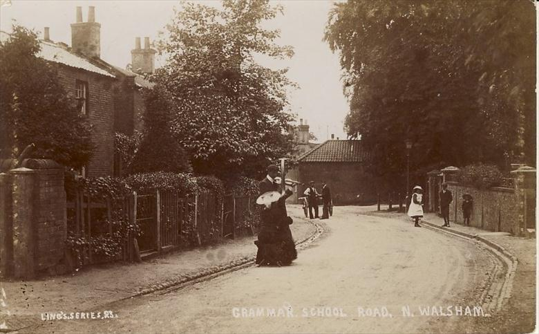 Photograph. Buskers in Grammar School Road, North Walsham Photo By R.M.Ling(1) (North Walsham Archive).
