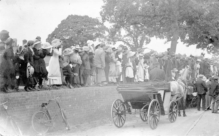 Photograph. Coronation of King George V on Manor Road, North Walsham (North Walsham Archive).