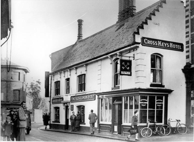 Photograph. Crosskeys Hotel, North Walsham (North Walsham Archive).