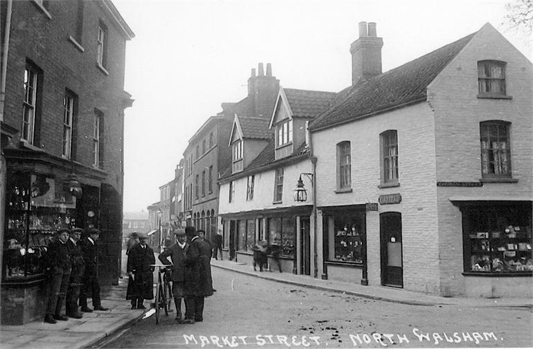 Photograph. Market Place / Church Street. 1925 - 1935. (North Walsham Archive).