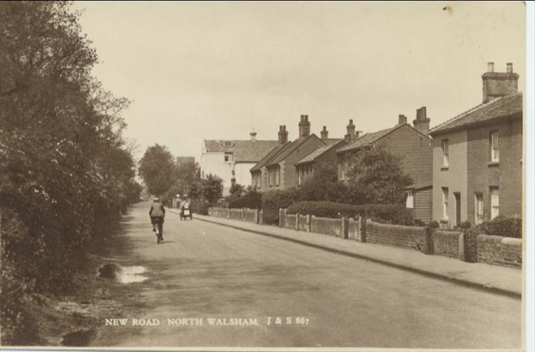 Photograph. New Road North Walsham 1930's or early 40's? (North Walsham Archive).