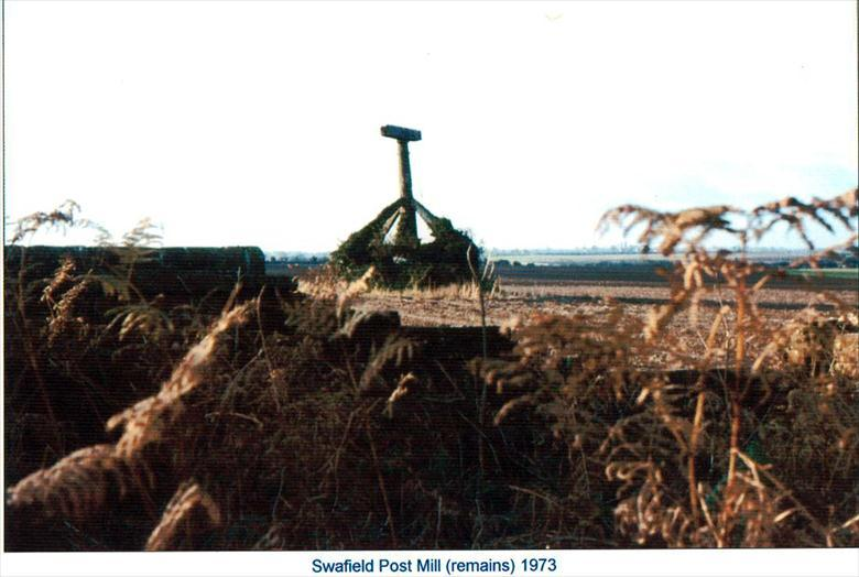 Photograph. North Walsham Post Mill, Quaker Hill, near Swafield (remains) (North Walsham Archive).
